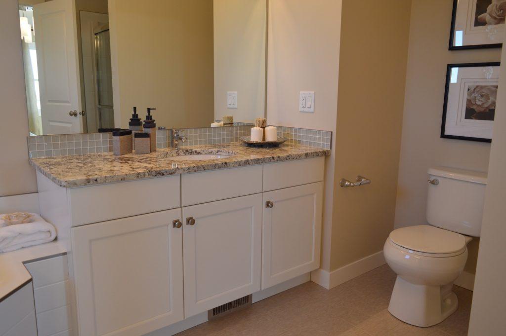 bathroom 1078917 1920