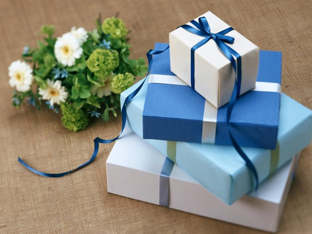 Send Gifts to Show Your Respect on the Father's Day