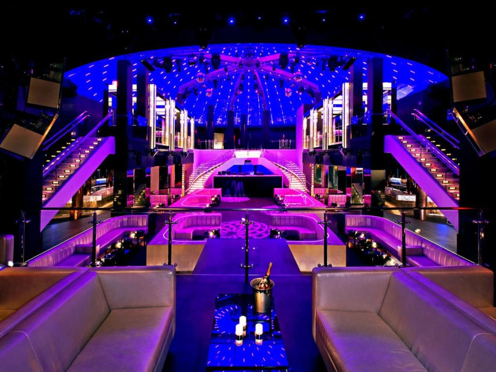 Bar Club Lighting – How to Stage the Best Event