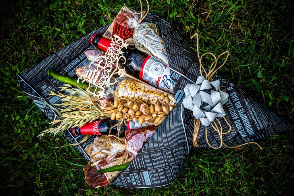 Beer Basket Gift